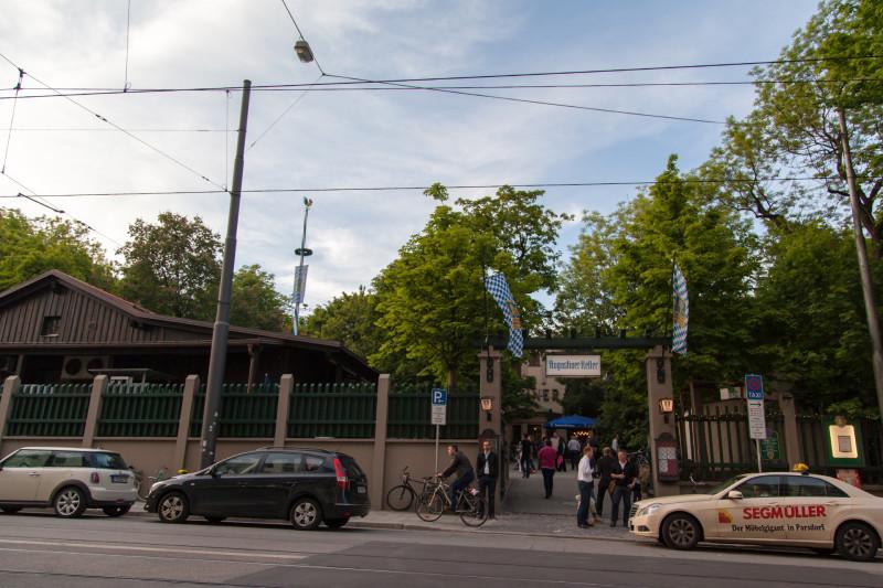 Augustiner Keller Biergarten - der Haupteingang