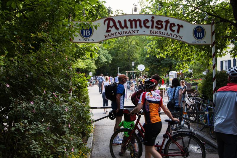 Biergarten Aumeister - Eingang