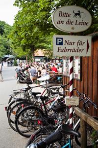 Biergarten Aumeister - Radlparkplatz