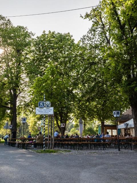 Schlösselgarten - Hinweg von der Cosimastraße