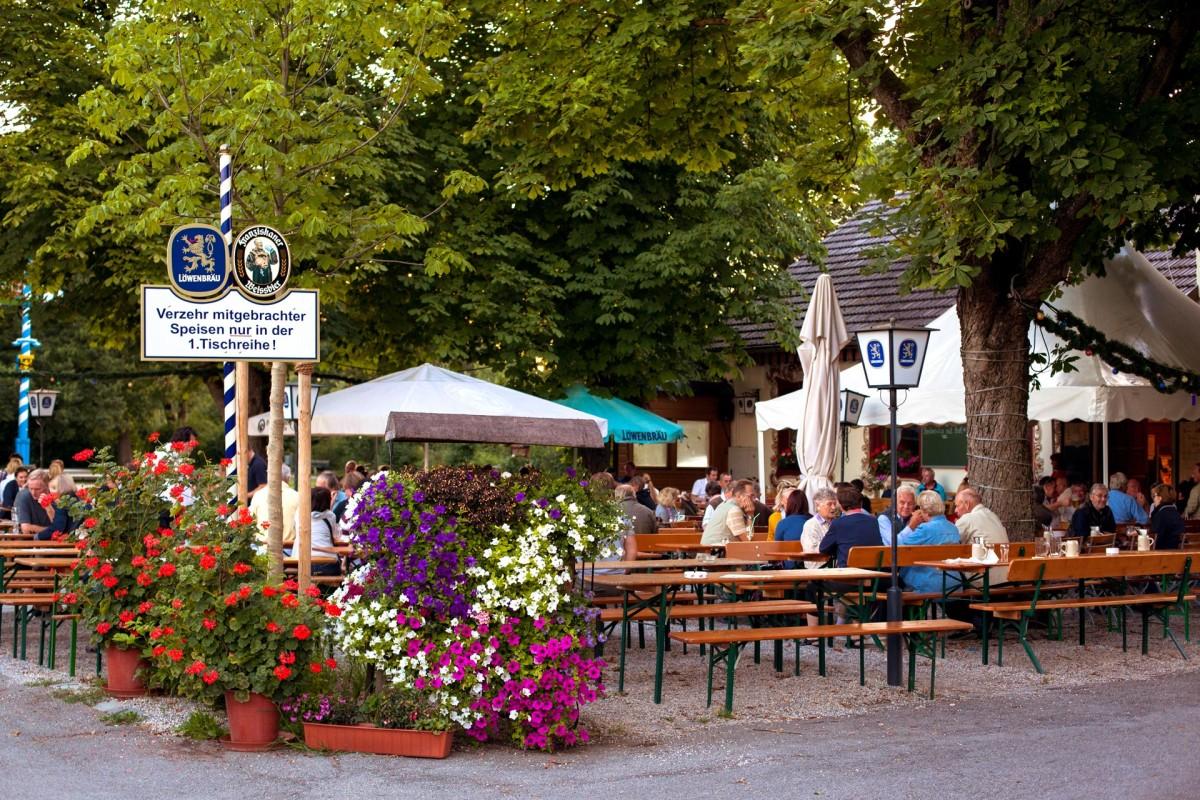 Schlösselgarten - die Sitzbereiche